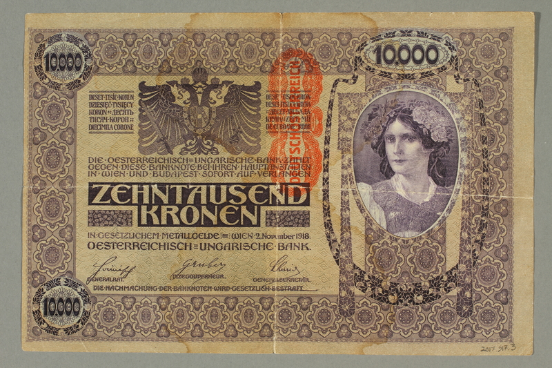 2017.517.3 back Austrian 10,000 Kronen banknote owned by a Viennese Jewish refugee family