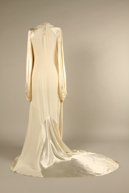 Wedding Dress Shipped To The United States By A German Jewish Woman