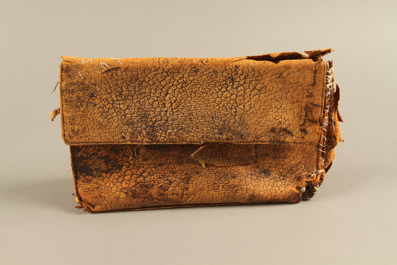 2018.63.2 front Leather clutch owned by a Polish Jewish woman