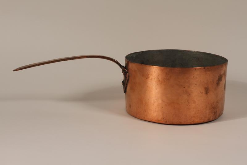 1992.169.25 front Copper cooking pot used prewar in the Eisiskes shtetl