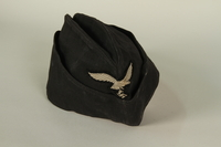 1985.1.15 front Luftwaffe ground crew overseas cap with eagle acquired by US soldier  Click to enlarge