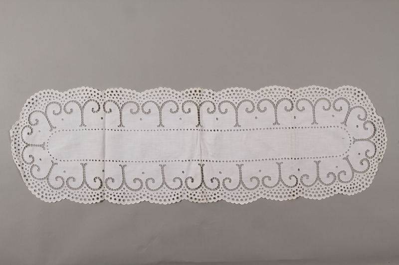 2006.136.19 front Tablecloth