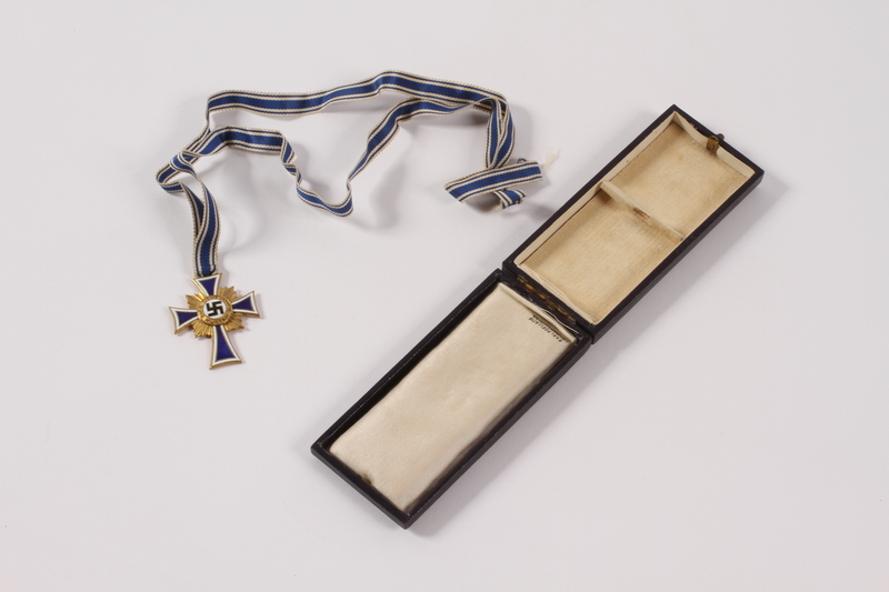 2013.42.2 a-c front Cross of Honor of the German Mother, 3rd Class Order, Bronze Cross