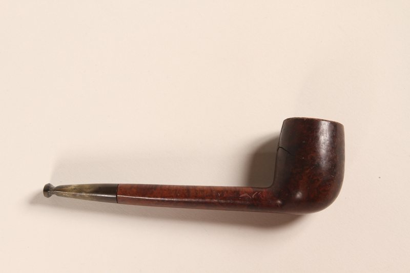 2012.471.2 front Briar billiard pipe used by a Jewish soldier, 2nd Polish Corps