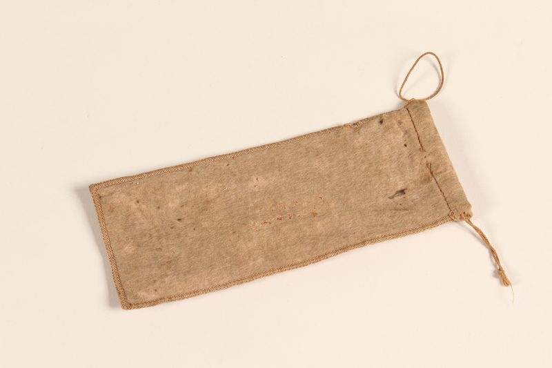 2012.471.6 front Tan woolen pouch used by a Jewish soldier, 2nd Polish Corps