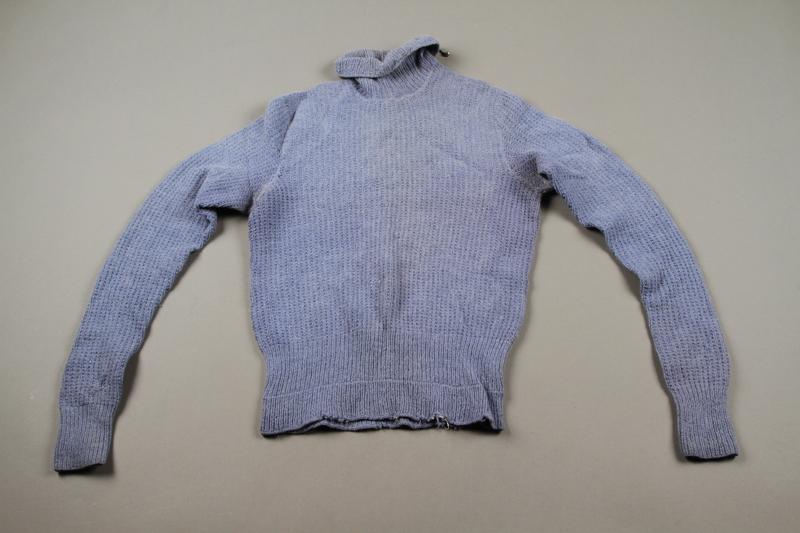 2018.126.20 side b Blue turtleneck sweater