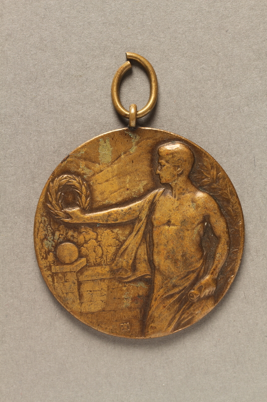 2018.286.3_001 Medallion awarded to a Hungarian Jewish athlete