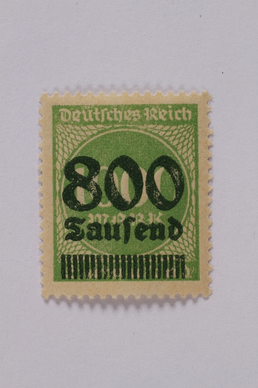 1992.221.101 front Postage stamp