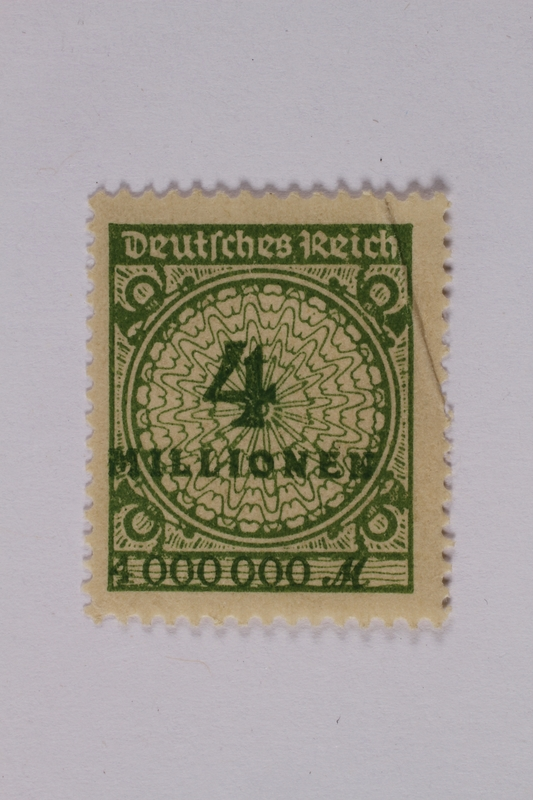 1992.221.110 front Postage stamp