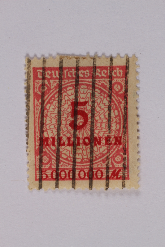 1992.221.115 front Postage stamp