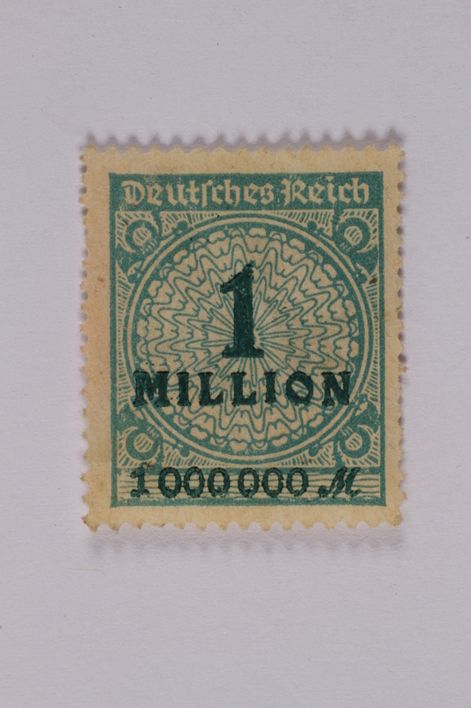 1992.221.128 front Postage stamp
