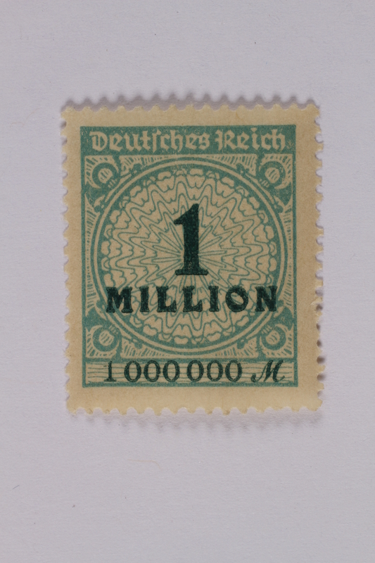 1992.221.129 front Postage stamp