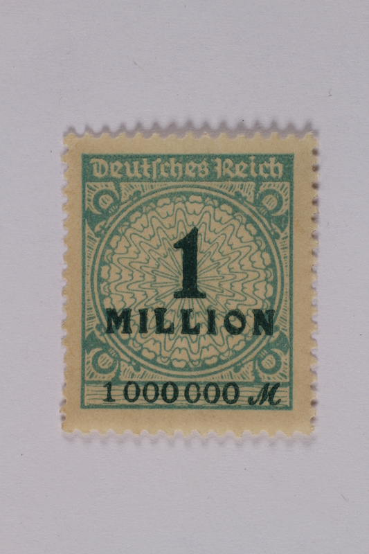 1992.221.132 front Postage stamp