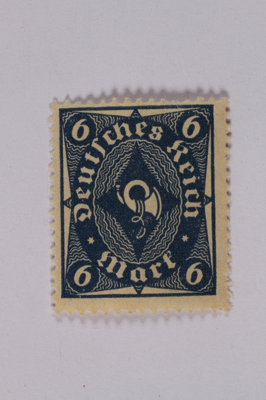 1992.221.137 front Postage stamp