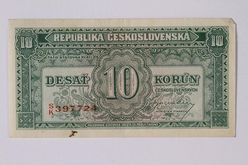 1992.221.16 front Czechoslovakia, 10 korun note
