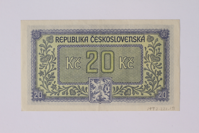 1992.221.18 back Czechoslovakia, 20 korun note