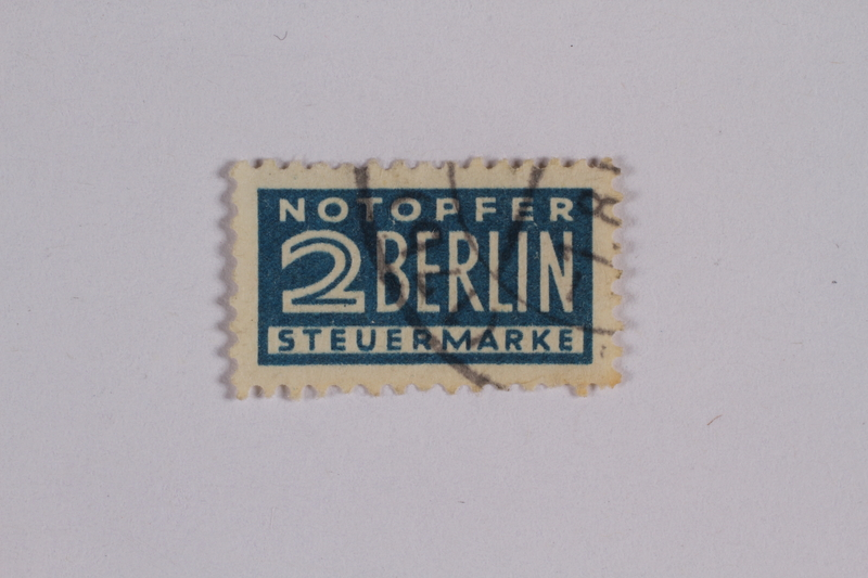 1992.221.184 front Postage stamp