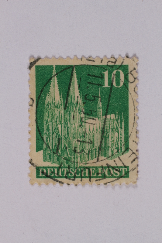 1992.221.193 front Postage stamp