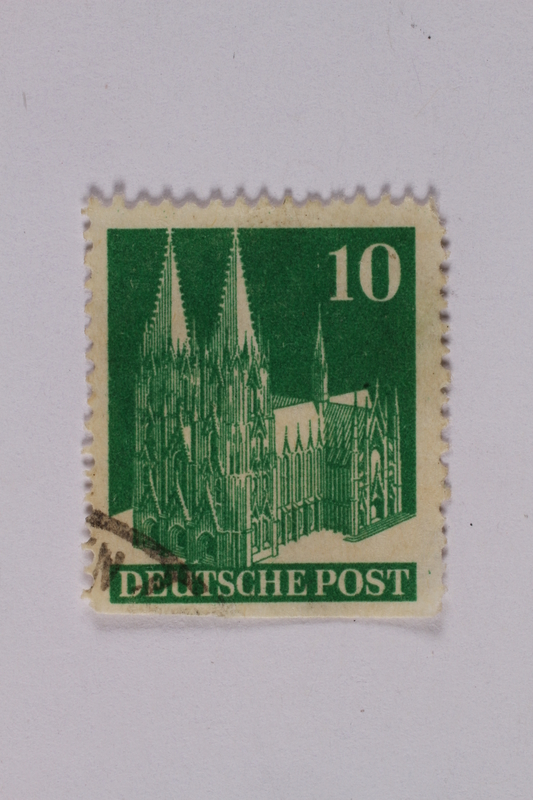 1992.221.194 front Postage stamp