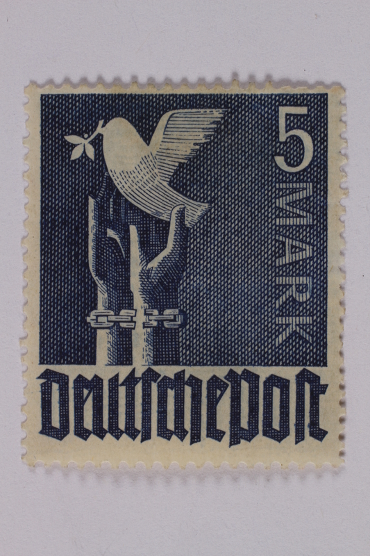 1992.221.199 front Postage stamp