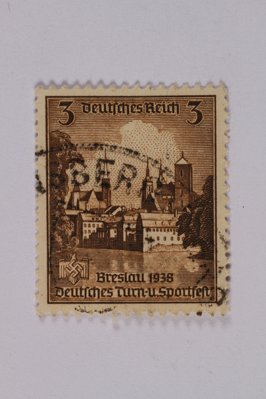 1992.221.211 front Postage stamp