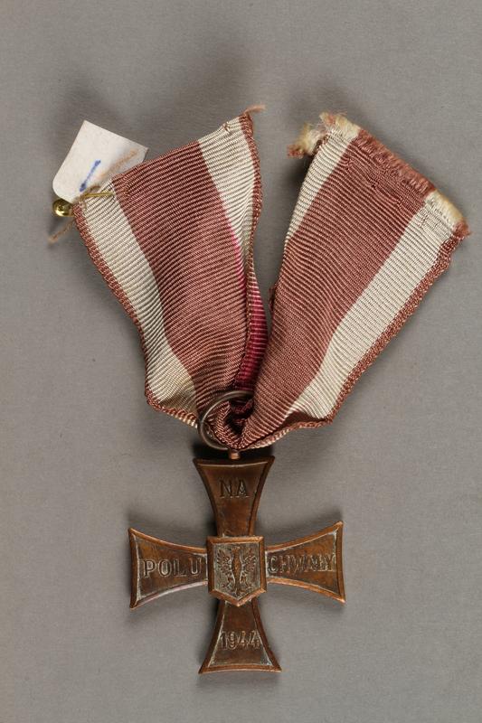 2019.21.2 front Krzyz Walecznych (Cross of Valor) medal