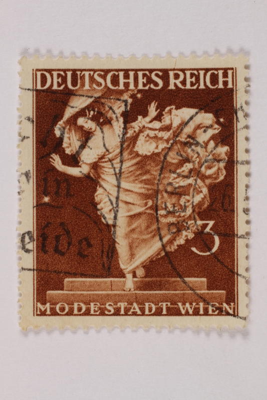 1992.221.246 front Postage stamp
