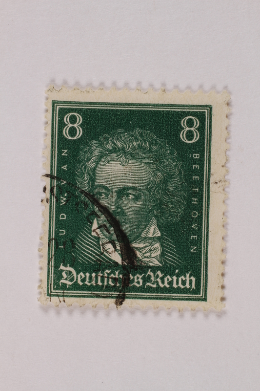 1992.221.274 front Postage stamp