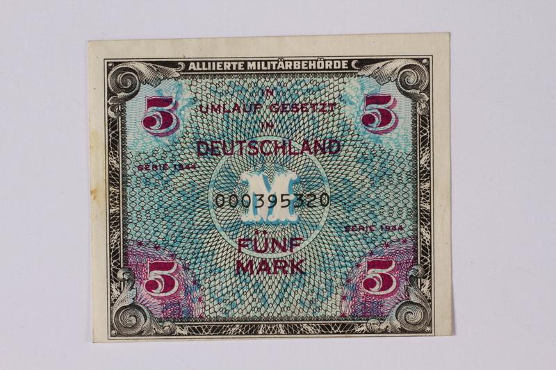 1992.221.31 front Money