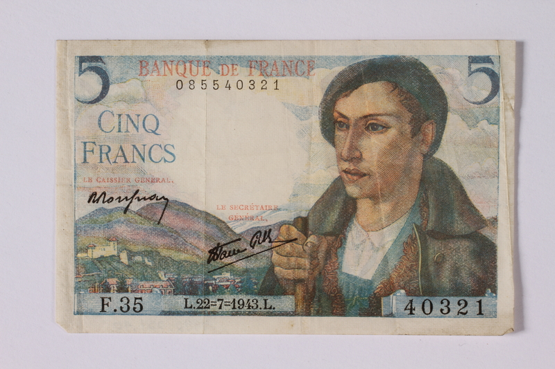 1992.221.40 front Money