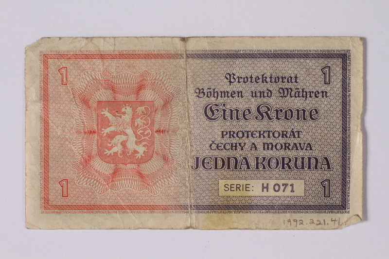 1992.221.41 back Czechoslovakia, 1 koruna note