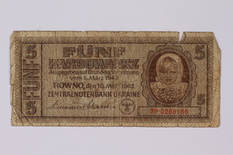 1992.221.45 front Occupation currency note, 5 Karbowanez, issued by Nazi Germany in eastern Poland