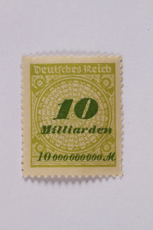 1992.221.66 front Postage stamp
