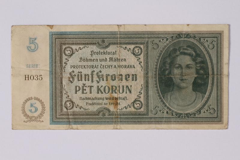 1992.221.9 front Czechoslovakia, 5 [funf] kronen note