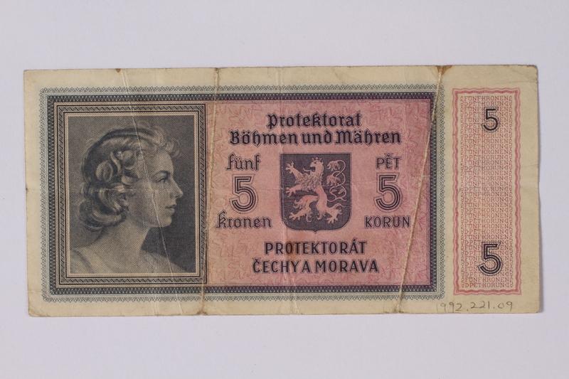 1992.221.9 back Czechoslovakia, 5 [funf] kronen note
