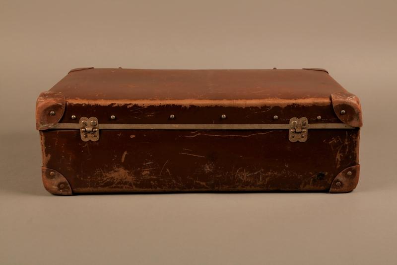2019.107.2 back Suitcase