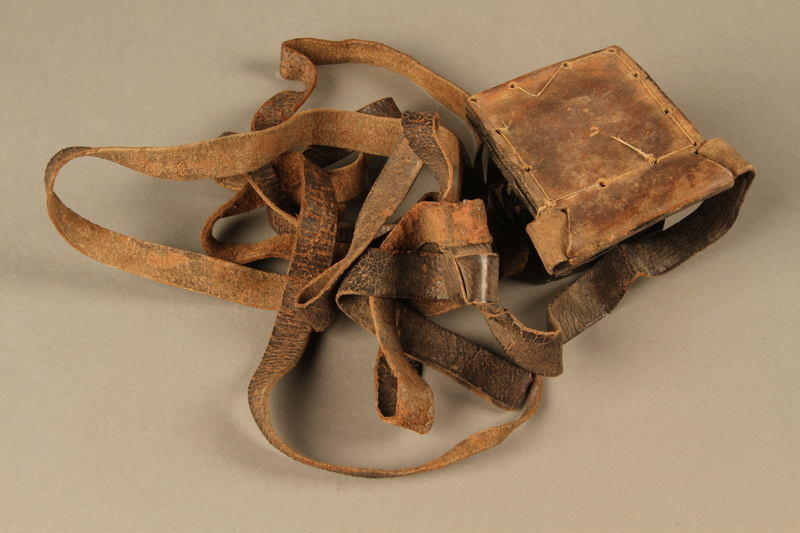 2006.516.5 b side b Pair of Tefillin and pouch owned by a Romanian Jewish concentration camp survivor