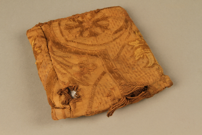 2006.516.5 c side b Pair of Tefillin and pouch owned by a Romanian Jewish concentration camp survivor
