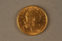 2019.81.3 front 1922 British gold coin  Click to enlarge