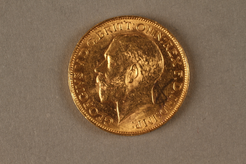 2019.81.4 front 1926 British gold coin