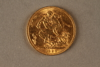 2019.81.4 back 1926 British gold coin  Click to enlarge