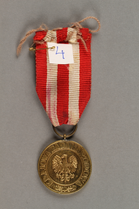 2019.21.5 front WWII Victory and Liberty Medal