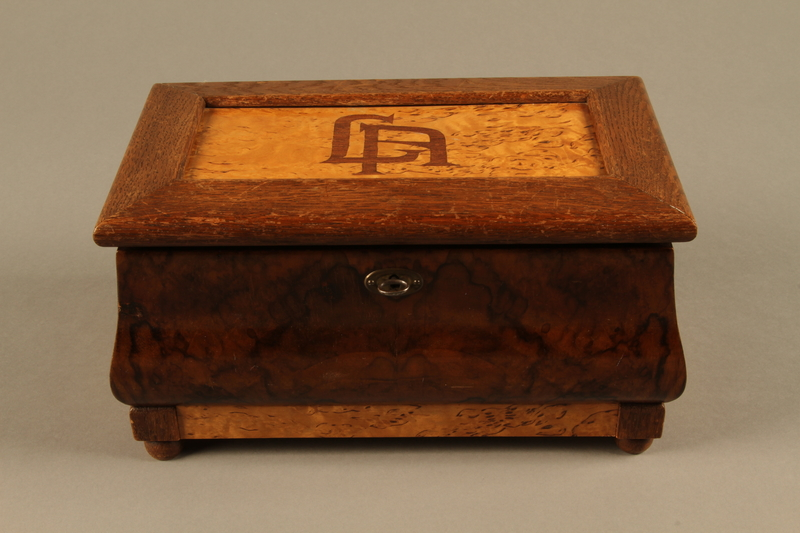2019.180.2 a-b front Jewelry box with a secret compartment used to hide documents belonging to German Jewish prisoners