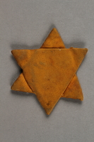 2019.183.2 front Star of David badge  Click to enlarge