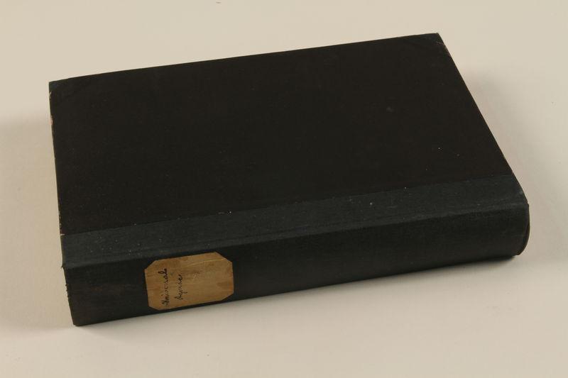 1992.8.15_a side Universal=Ugende für jüdische Kultusbeamte : Handbuch für den Gebrauch in Synagoge, Schule und Haus / Lion Wolff