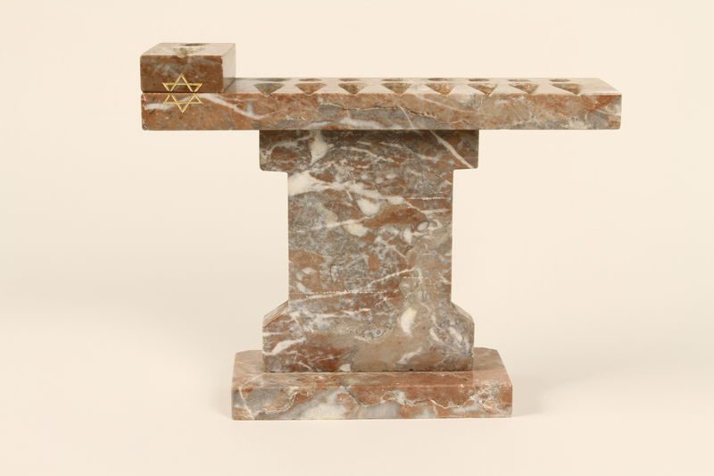 1992.8.22_a-d side Portable marble Hanukkah menorah with 4 sections made for a rabbi