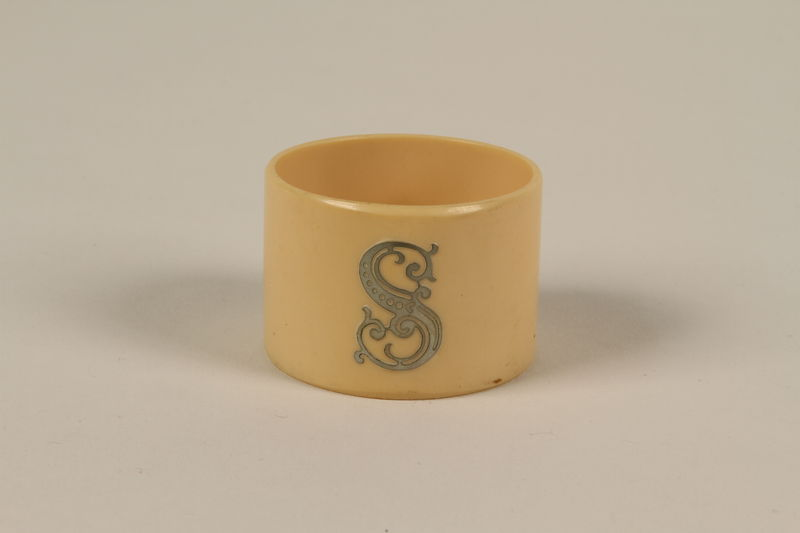 1992.8.4 front Napkin ring with a silver initial S used for Passover seder by a Jewish refugee