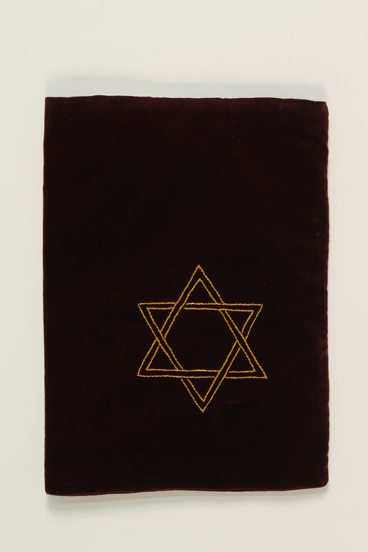 1993.142.1 back Tallit bag
