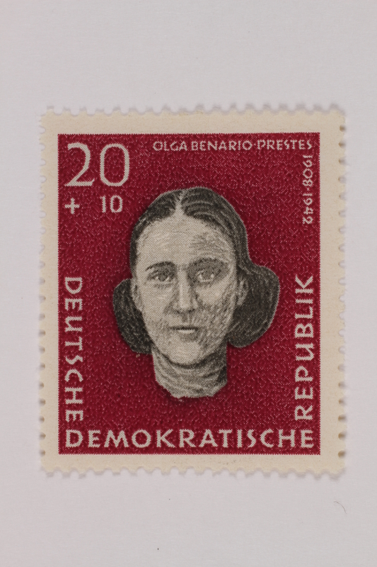 1993.21.1.115 front Postage stamp
