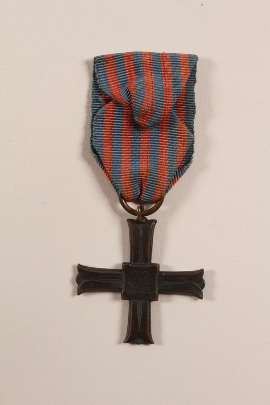 2012.471.21 back Monte Cassino Commemorative Cross awarded to a Jewish soldier, 2nd Polish Corps